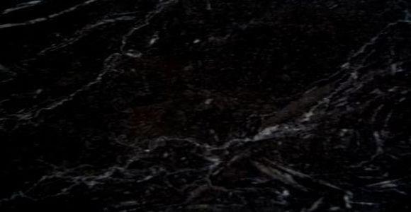 Détail marbre noir royal