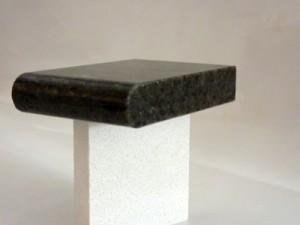 Détail d'une coupe de marbre profil