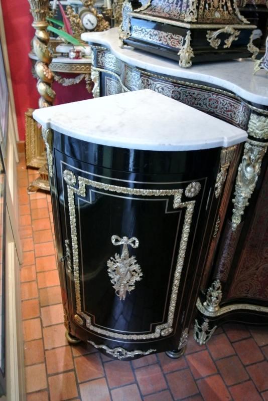 Encoignure de style Napoléon III