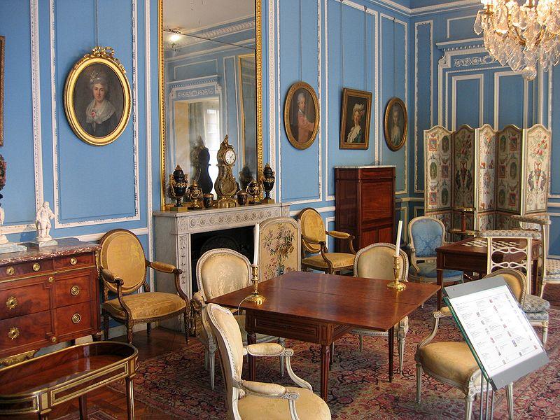 Meubles de style Louis XVI